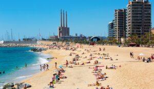 playa de badalona desde las mudanzas
